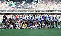 RIO DE JANEIRO, RJ, 26 DE FEVEREIRO 2012 - CAMPEONATO CARIOCA - FINAL - TACA GUANABARA - VASCO X FLUMINENSE -  Equipe do Vasco posa para foto antes da partida contra o Fluminense, pela final da Taca Guanabara, no estadio Engenhao, na cidade do Rio de Janeiro, neste domingo, 26. FOTO: BRUNO TURANO – BRAZIL PHOTO PRESS