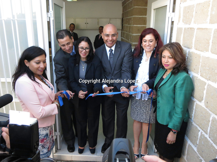 Querétaro, Qro. 9 de junio de 2016.- Con la presencia de la magistrada presidenta del TSJ, Consuelo Rosillo Garfías, el alcalde Marcos Aguilar inauguró las nuevas oficinas de coordinación de actuarios.