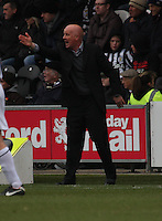 Dundee United manager Peter Houston bawling out instructions in the St Mirren v Dundee United Clydesdale Bank Scottish Premier League match played at St Mirren Park, Paisley on 27.10.12.