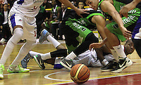BOGOTA -COLOMBIA- 29 -11--2013. Accion de juego entre Guerreros de Bogota  contra Academia de La Montaña   ,  ,  encuentro  de la final  de la Liga Directv de Baloncesto disputado en el coliseo El Salitre   / Action game between Guerreros of Bogota against Academia de la Montaña, the final meeting of the Directv Basketball League played at the Coliseum El Salitre .Photo: VizzorImage / Felipe Caicedo / Staff