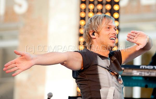 """The recording of the television show """"Vlaanderen Muziekland"""" in Hever (Belgium, 10/07/2011)"""