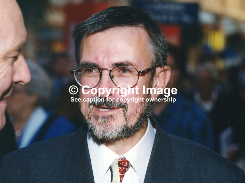 John Austin-Walker, MP, Labour Party, UK, 19961029JAW..Copyright Image from Victor Patterson, 54 Dorchester Park, Belfast, UK, BT9 6RJ..Tel: +44 28 9066 1296.Mob: +44 7802 353836.Voicemail +44 20 8816 7153.Skype: victorpattersonbelfast.Email: victorpatterson@mac.com.Email: victorpatterson@ireland.com (back-up)..IMPORTANT: If you wish to use this image or any other of my images please go to www.victorpatterson.com and click on the Terms & Conditions. Then contact me by email or phone with the reference number(s) of the image(s) concerned.