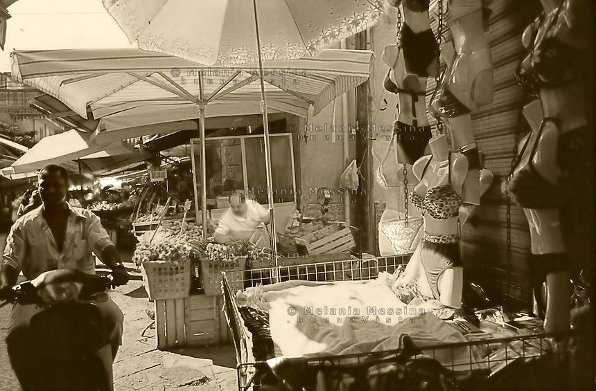 Palermo, Ballaro' market.<br /> Palermo, mercato di Ballaro'.