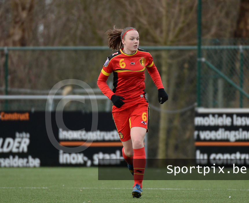 20140208 - OOSTAKKER , BELGIUM : Belgian Tine De Caigny pictured during a friendly soccer match between the women teams of Belgium and Poland , Saturday 8 February 2014 in Oostakker. PHOTO DAVID CATRY