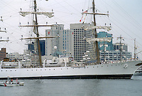 1992 June 26..Redevelopment.Downtown South (R-9)..PARADE OF SAIL.HARBORFEST.WATERFRONT VIEW FROM PORTSMOUTH...NEG#.NRHA#..