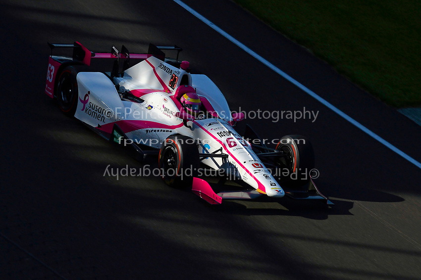 Verizon IndyCar Series<br /> Indianapolis 500 Practice<br /> Indianapolis Motor Speedway, Indianapolis, IN USA<br /> Monday 15 May 2017<br /> Pippa Mann, Dale Coyne Racing Honda<br /> World Copyright: F. Peirce Williams