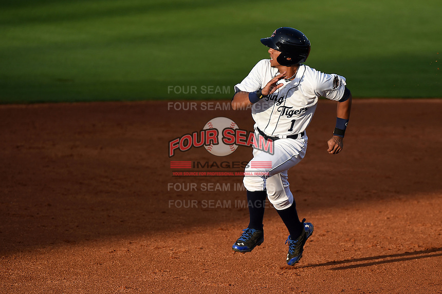 Lakeland Flying Tigers shortstop Dixon Machado (1) runs the bases during a game against the Tampa Yankees on April 5, 2014 at Joker Marchant Stadium in Lakeland, Florida.  Lakeland defeated Tampa 3-0.  (Mike Janes/Four Seam Images)