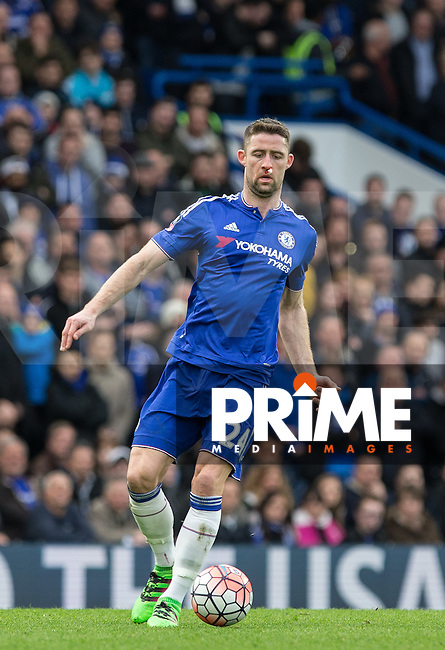Gary Cahill of Chelsea in action after receiving treatment on a bloodied nose during the FA Cup 5th round match between Chelsea and Manchester City at Stamford Bridge, London, England on 21 February 2016. Photo by Andy Rowland.