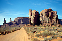 SOUTHWESTERN GEOLOGICAL FORMATIONS<br /> Sandstone Formation<br /> Monument Valley, Utah