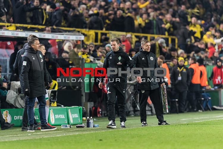 05.02.2019, Signal Iduna Park, Dortmund, GER, DFB-Pokal, Achtelfinale, Borussia Dortmund vs Werder Bremen<br /> <br /> DFB REGULATIONS PROHIBIT ANY USE OF PHOTOGRAPHS AS IMAGE SEQUENCES AND/OR QUASI-VIDEO.<br /> <br /> im Bild / picture shows<br /> Florian Kohfeldt (Trainer SV Werder Bremen) verärgert / emotional in Coachingzone / an Seitenlinie nach 3:2 Führung für Dortmund bei Robert Schröder (4. Offizieller Schiedsrichter / 4th referee),  <br /> <br /> Foto © nordphoto / Ewert