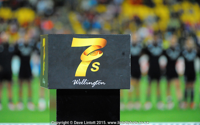 Action from day two of the 2015 HSBC Sevens World Series Wellington Sevens at Westpac Stadium, Wellington, New Zealand on Saturday, 7 February 2015. Photo: Dave Lintott / lintottphoto.co.nz