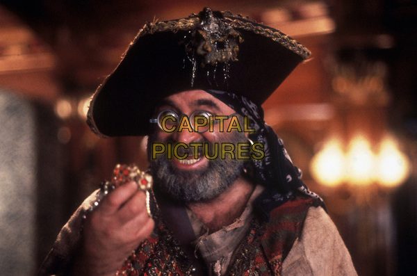 Hook (1991) <br /> Bob Hoskins<br /> *Filmstill - Editorial Use Only*<br /> CAP/KFS<br /> Image supplied by Capital Pictures