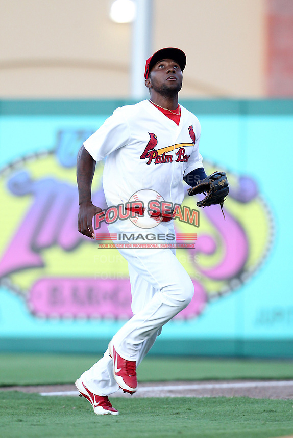 Palm Beach Cardinals outfielder Michael Swinson #4 during a game against the Fort Myers Miracle at Roger Dean Stadium on May 2, 2012 in Jupiter, Florida.  Fort Myers defeated Palm Beach 2-1.  (Mike Janes/Four Seam Images)