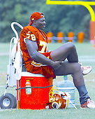 Washington Redskins defensive end Bruce Smith (78) takes a break from the team drills on the final day of the 2000 Washington Redskins training camp at Redskins Park in Ashburn, Virginia on August 17, 2000.<br /> Credit: Arnie Sachs / CNP