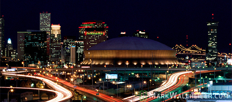 The New Orleans skyline and Super Dome January 2, 2000.