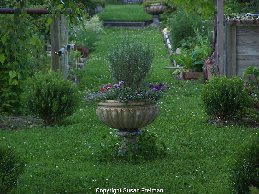 Photos taken in Joan Gussow's garden, Piermont, NY