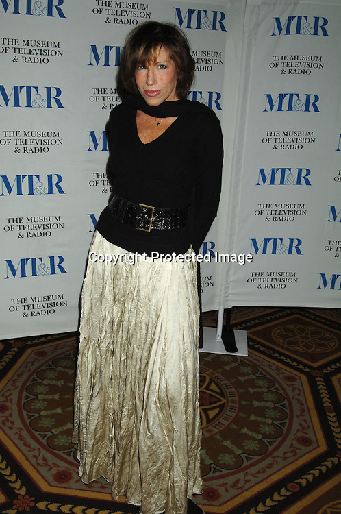 Carly Simon..at The Museum of TV & Radio Annual 2007 Gala on ..February 8, 2007 honoring Sir Howard Stringer,Sony Corporation CEO and Chairman at The Waldorf Astoria..Hotel in New York. ..Robin Platzer, Twin Images..