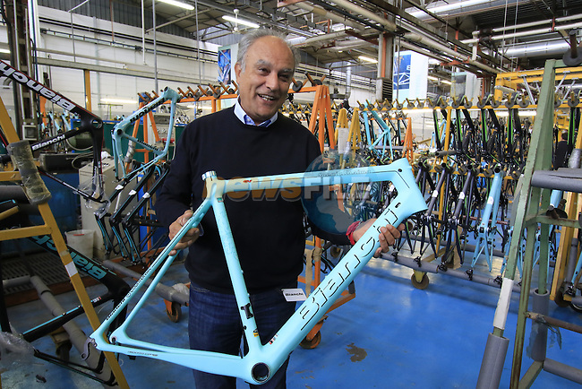 Aldo Garufi, Marketing and Communication Bianchi, holding the new Specialissima frame, Bianchi Factory, Treviglio, Italy. 30th September 2015.<br /> Picture: Eoin Clarke | Newsfile