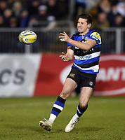 Freddie Burns of Bath Rugby passes the ball. Aviva Premiership match, between Bath Rugby and Northampton Saints on February 9, 2018 at the Recreation Ground in Bath, England. Photo by: Patrick Khachfe / Onside Images