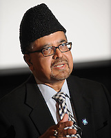 NWA Democrat-Gazette/ANDY SHUPE - Imam Naseem Mahdi, national vice president of the Ahmadiyya Muslim Community, speaks Friday, April 10, 2015, in Giffels Auditorium on the University of Arkansas campus in Fayetteville.