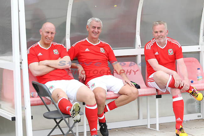 Acorn FAW Trust CEO Kickabout.<br /> Former Welsh rugby player Tom Shanklin on the bench with former Wales soccer star Ian Rush and former European squash champion Adrian Davies.<br /> Dragon Park Newport<br /> 06.05.16<br /> &copy;Steve Pope - Sportingwales