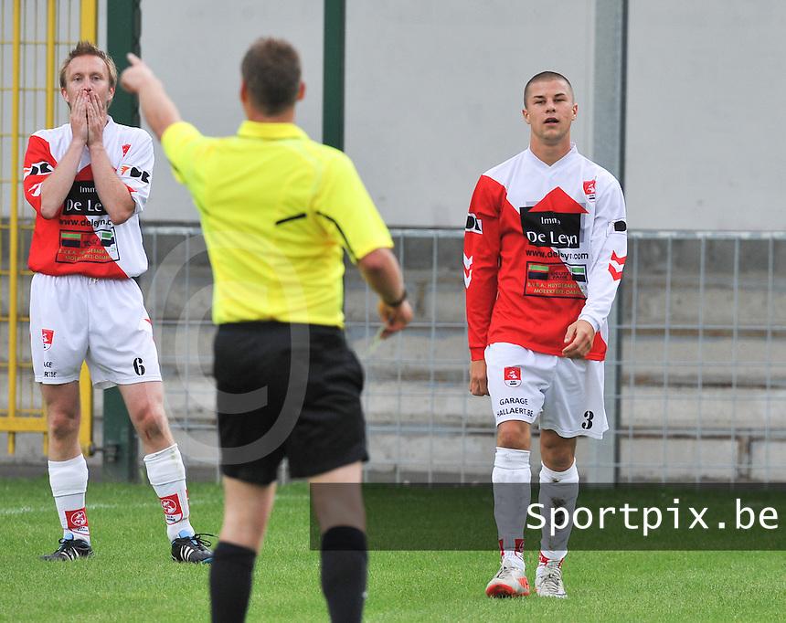 SVV Damme : Hendrik Reynaert (links) en Cedric Simoens.foto VDB / BART VANDENBROUCKE