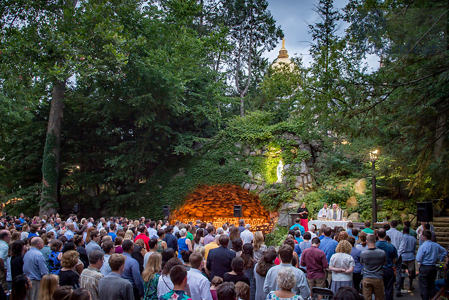 July 26, 2017; Alliance for Catholic Education Mass at the Grotto (Photo by Matt Cashore/University of Notre Dame)