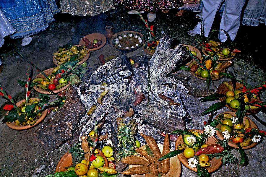 Festa de xangô em culto de candomblé. São Paulo. 1988. Foto de Cynthia Brito.