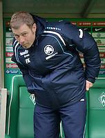 FUSSBALL   1. BUNDESLIGA   SAISON 2012/2013    26. SPIELTAG SV Werder Bremen - Greuther Fuerth                        16.03.2013 Trainer Frank Kramer (Greuther Fuerth)