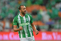MEDELLIN - COLOMBIA, 19-05-2019: Hernan Barcos del Nacional celebra después de anotar el primer gol de su equipo durante partido entre Atlético Nacional y Deportivo Cali por la fecha 3, cuadrangulares semifinales, de la Liga Águila I 2019 jugado en el estadio Atanasio Girardot de la ciudad de Medellín. / Hernan Barcos of Nacional celebrates after scoring the first goal of his team during match between Atletico Nacional and Deportivo Cali for the date 3, semifinal quadrangulars, of the Liga Aguila I 2019 played at the Atanasio Girardot Stadium in Medellin city. Photo: VizzorImage / Leon Monsalve / Cont