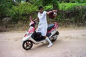 Mathumita during the field visits in Punaineeravi village in Kilinochchi in Northern Sri Lanka. Photo: Sanjit Das/Panos