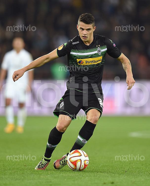 FUSSBALL   INTERNATIONAL   UEFA EUROPA LEAGUE   SAISON 2014/2015 FC Zuerich - VfL Borussia Moenchengladbach    02.10.2014 Granit Xhaka (Borussia Moenchengladbach) am Ball