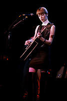 October 17 1987 File Photo - Montreal (Qc) CANADA -Suzanne Vega in concert at the Spectrum.