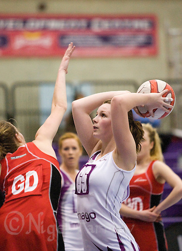 02 MAR 2009 - LOUGHBOROUGH,GBR - Nathalie Hoon - Loughborough Lightning (white and purple) v Team Northumbria (red and black) - Talent League. (PHOTO (C) NIGEL FARROW)