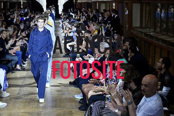 3.1 Phillip Lim<br /> Paris Menswear-Ver&atilde;o 2016- Junho 2015