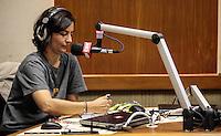 SAO PAULO, SP, 21 AGOSTO 2012 - ELEICOES SP - SONINHA FRANCINE - SP - A candidata a prefeitura de Sao Paulo, pelo PPS Soninha Francine durante entrevista a radio CBN na manha dessa terca-feira na regiao central da capital paulista. FOTO: VANESSA CARVALHO - BRAZIL PHOTO PRESS