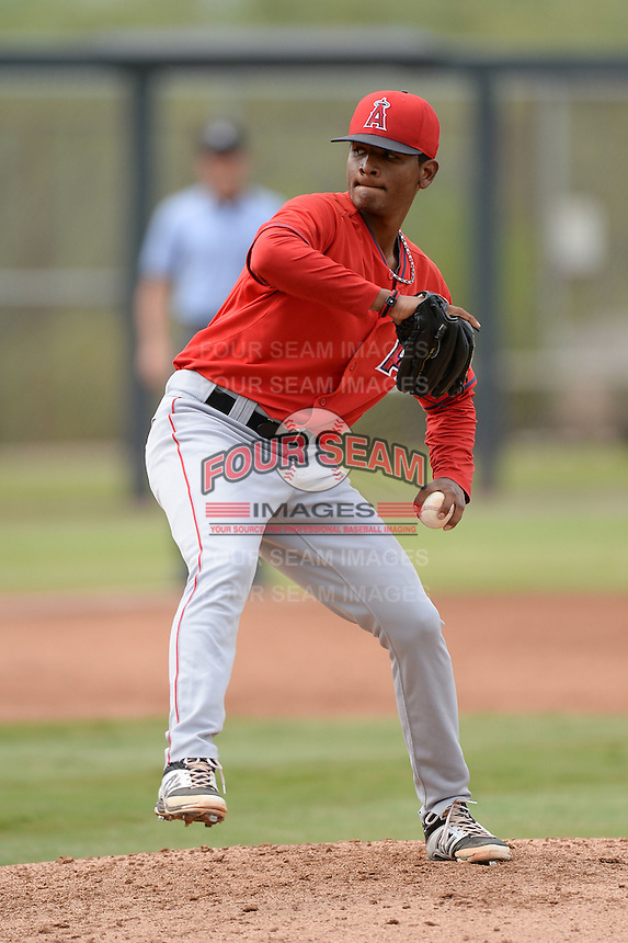 Los Angeles Angels of Anaheim pitcher Manuel Rondon (56) during an Instructional League game against the Arizona Diamondbacks on October 7, 2014 at Salt River Fields at Talking Stick in Scottsdale, Arizona.  (Mike Janes/Four Seam Images)