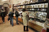 Il bookshop della Galleria degli Uffizi a Firenze.<br /> The bookshop of the Uffizi Gallery, Florence.<br /> UPDATE IMAGES PRESS/Riccardo De Luca