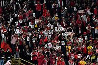 BOGOTA - COLOMBIA - 30 - 11 - 2017: Hinchas de Independiente Santa Fe, animan a su equipo, durante partido de vuelta de los cuartos de final entre Independiente Santa Fe y Jaguares F. C., de la Liga Aguila II 2017, en el estadio Nemesio Camacho El Campin de la ciudad de Bogota.  / Fans Independiente Santa Fe, cheer for their team during a match between Independiente Santa Fe y Jaguares F. C., of the quarter of finals for the Liga Aguila II 2017 at the Nemesio Camacho El Campin Stadium in Bogota city, Photo: VizzorImage / Luis Ramirez / Staff.
