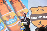 BOGOTA-COLOMBIA-23-01-2015: Fernando Jaramillo, Vice Presidente Comercial de Bavaria, se dirige a los asistentes durante sorteo de la Dimayor para el campeonato de la Liga Aguila I 2015. / Fernando Jaramillo, Commercial Vice President of Bavaria, speak to the attendees during the draw for the championship Dimayor Liga Aguila 2015. Photo: VizzorImage / Luis Ramírez / Staff.