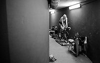 underneath the Kuipke velodrome (in the basement) the women warm up for their session on the track<br /> <br /> Gent 6 - day 4