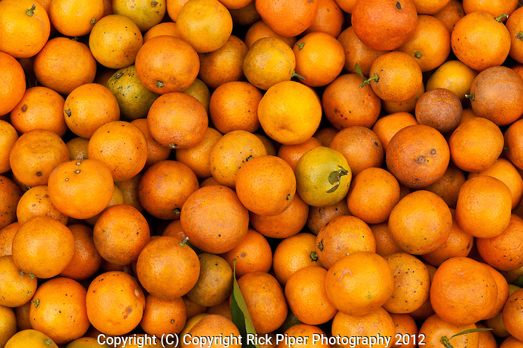 Kumquats for sale at the fruit and vegetable market, Bach Dang St, Hoi An, Viet Nam