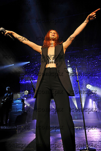 JESS  GLYNNE - performing live at the Academy in Brixton London UK - 20 Feb 2016.  Photo credit: Zaine Lewis/IconicPix