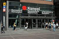 La stazione metropolitana al centro Kamppi.