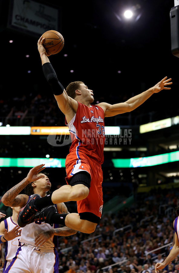 Jan. 24, 2013; Phoenix, AZ, USA: Los Angeles Clippers forward Blake Griffin (32) dunks the ball against the Phoenix Suns in the first half at the US Airways Center. Mandatory Credit: Mark J. Rebilas-USA TODAY Sports
