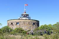 Store T&aring;rn (runder Turm) auf Christians, Ertholmene (Erbseninseln) bei Bornholm, D&auml;nemark, Europa<br /> Store T&aring;rn on Christians, Ertholmene, Isle of Bornholm Denmark
