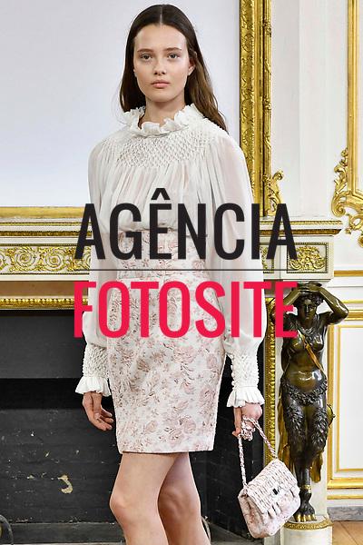 Monique Lhuillier<br /> <br /> Paris - Verao 2018<br /> <br /> foto: FOTOSITE