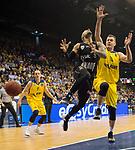 14.04.2018, EWE Arena, Oldenburg, GER, BBL, EWE Baskets Oldenburg vs s.Oliver W&uuml;rzburg, im Bild<br /> <br /> Rasid MAHALBASIC, Karsten TADDA (EWE Baskets Oldenburg #24, #9)<br /> Maurice STUCKEY (s.Oliver W&uuml;rzburg #9)<br /> Foto &copy; nordphoto / Rojahn