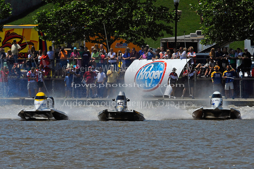 (L to R):Ruben Ascencio III (#65), Jeff Reno, #34 and Kris Shepard, (#46) (SST-120 class)