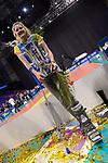 28.10.2018, TUI Arena, Hannover<br />Volleyball, Supercup, Siegerehrung<br /><br />Marie Schšlzel / Schoelzel (#16 Schwerin) verletzt mit Pokal / Trophy<br /><br />  Foto © nordphoto / Kurth